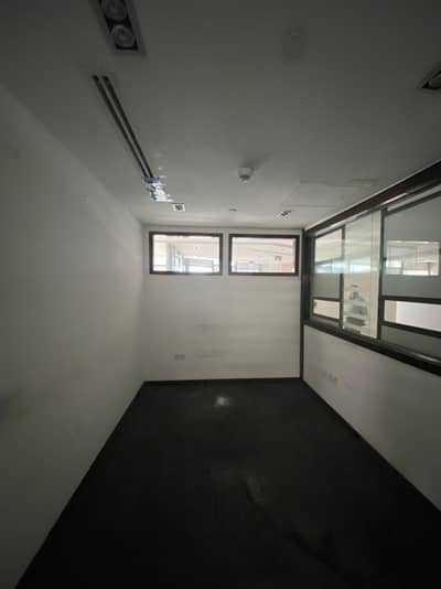 Office for Rent in Deira, Dubai - Neat and Bright Office Space