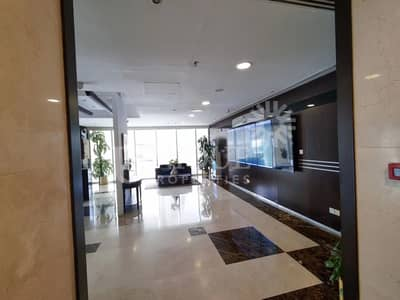 Office for Sale in Jumeirah Lake Towers (JLT), Dubai - High Floor Office | Fully Fitted | Lake View