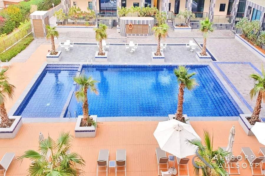 Luxurious 1 Bedroom | Rented | Balcony