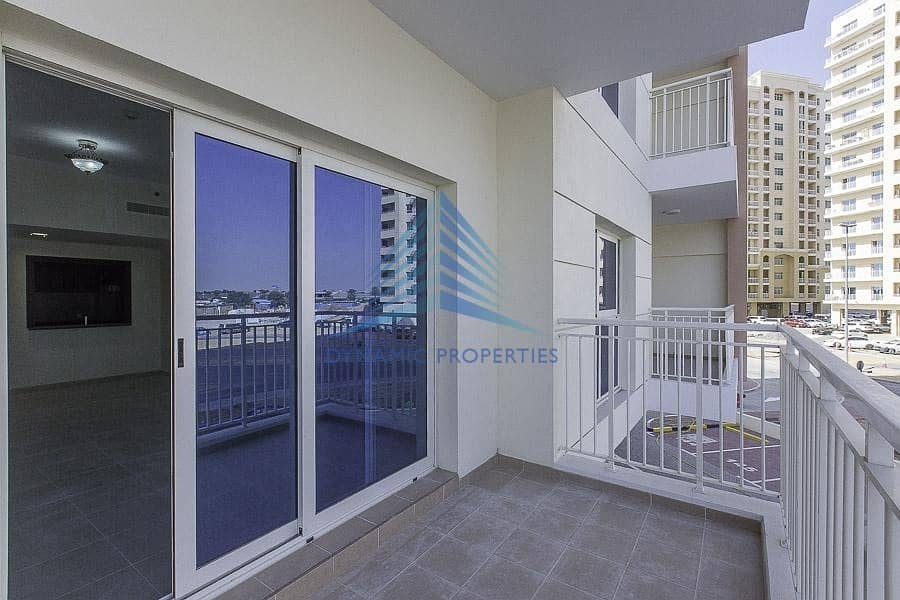 10 Investor Deal |Spacious Apt l Vacant Ready to move