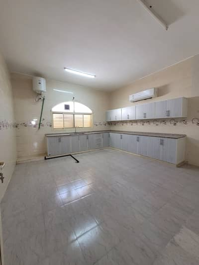 4 Bedroom Flat for Rent in Al Shamkha, Abu Dhabi - Out Standing 4 bedroom hall with maid room in Al Shamkha