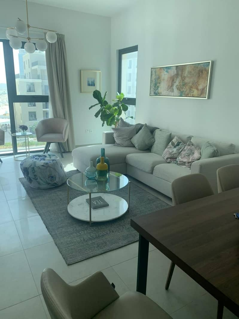 4%DLD FREE/ 2 YEARS SERVICE CHARGE FREE/ Beach Front apartment for sale