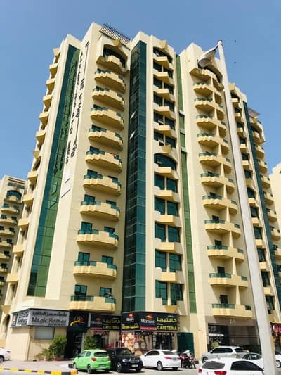 Apartment one room, lounge, 2 bathrooms, and kitchen for sale in Al Rashidiya, a wonderful view of Ajman Creek