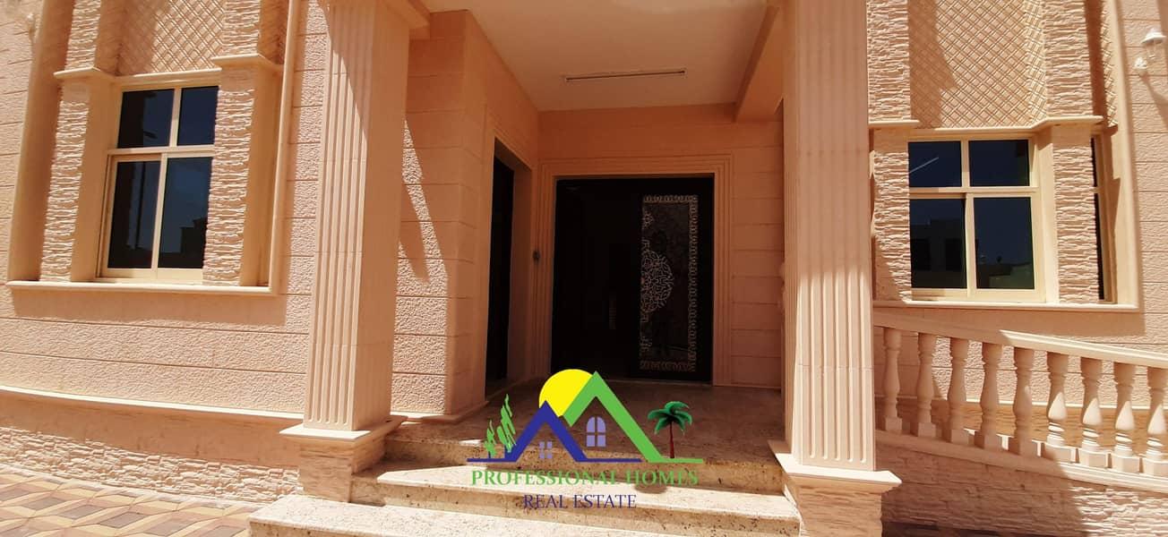 43 Brand New 5BEDROOMS Villa with Big yard in Sarooj