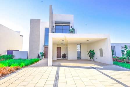 فیلا 3 غرف نوم للبيع في دبي الجنوب، دبي - Independent Villa | Spacious | 4 Bed and Maids Room