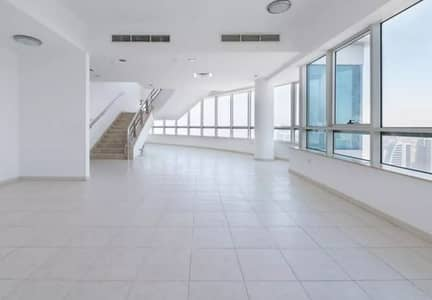 STUNNING 4 BEDROOM DUPLEX PENTHOUSE I HEART OF MARINA
