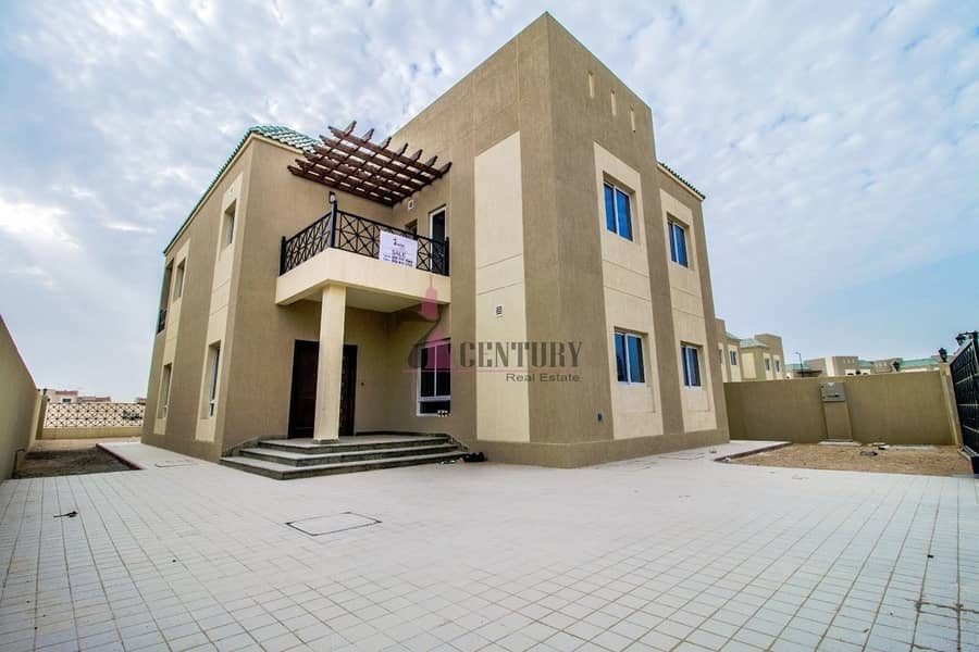 14 Type-B | With Swimming Pool Upgraded 6 BR+M Villa