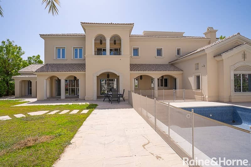 Grand and Spacious | Beautifully Situated