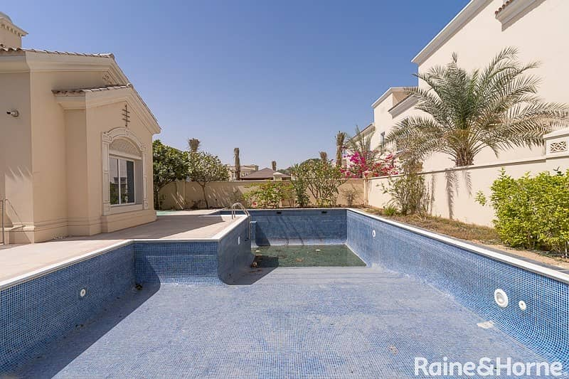 26 Grand and Spacious | Beautifully Situated