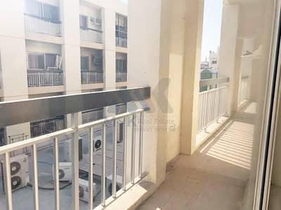 شقة 2 غرفة نوم للايجار في الكرامة، دبي - شقة في بناية الكرامة الكرامة 2 غرف 38500 درهم - 5074360