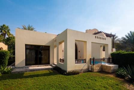 3 Bedroom Villa for Sale in The Cove Rotana Resort, Ras Al Khaimah - Splendid villa with private garden
