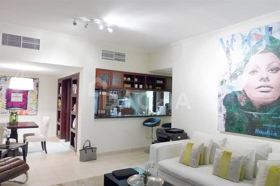 2 Nice 2Br / Furnished /Pool and Canal Views
