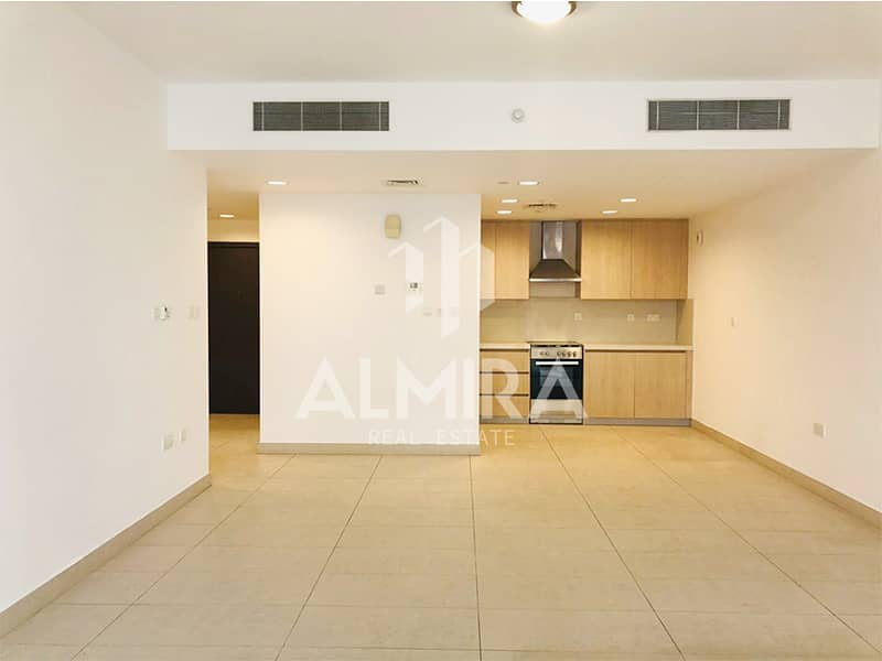 Move in! Luxurious 2BR w/ huge balcony