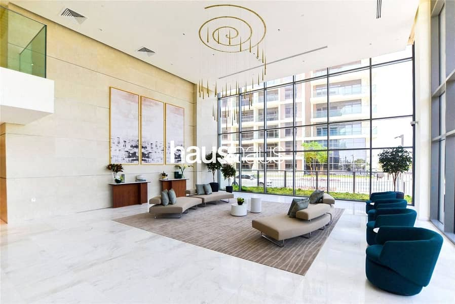 10 Balcony with Park View | Genuine Listing