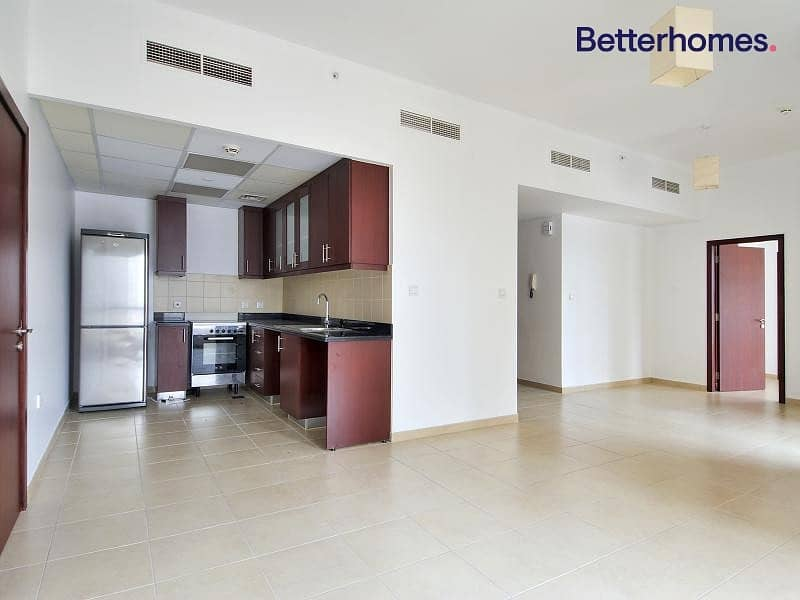 Lovely Cozy | Kitchen Equipped | Low Floor