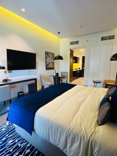 Modern Studio   Affordable  Price   Higher Floor