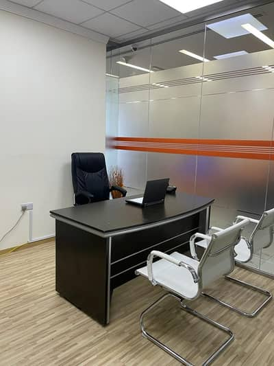 Office for Rent in Bur Dubai, Dubai - NO COMMISSION !! SEPARATE OFFICE, FREE DEWA MEETING ROOM