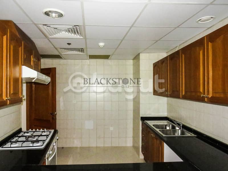 2 Spacious 2 Bedroom Apartment with Study Room