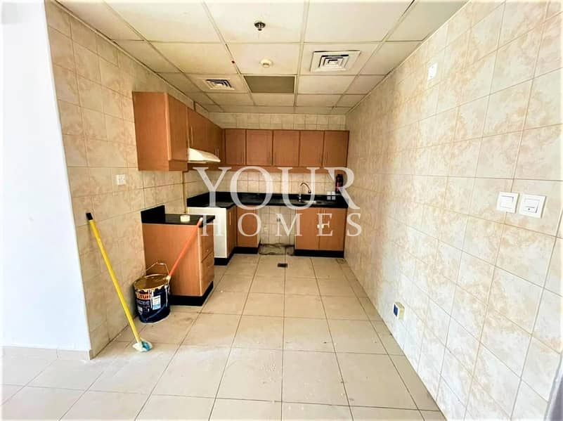 15 UK |  Huge Size 1 bed With Pool View @ 38K