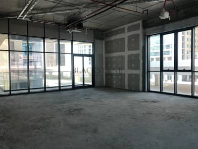 Office for Rent in Business Bay, Dubai - Spacious Office Space for Rent | Shell and Core