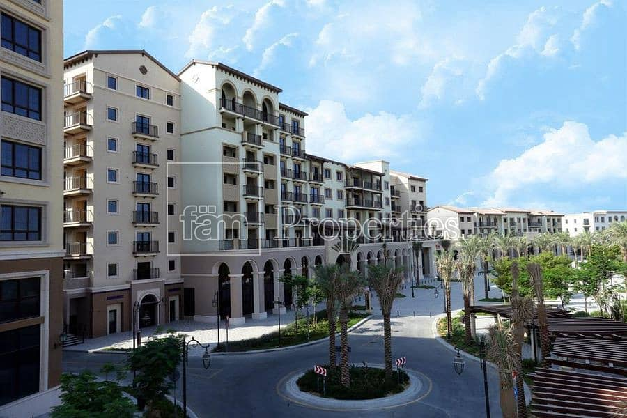 2 Spacious Apt in Gated Community with Mall