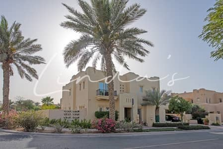 6 Bedroom Villa for Rent in Arabian Ranches, Dubai - Beautiful Family Home | Hardwood Flooring
