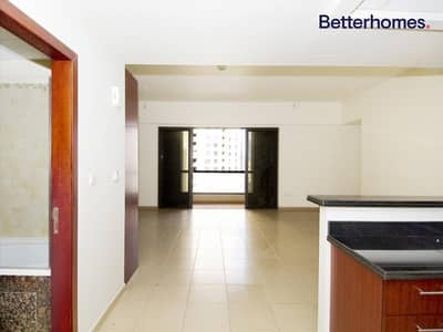 Studio for Rent in Jumeirah Beach Residence (JBR), Dubai - Furnished | Balcony | Multiple Cheques