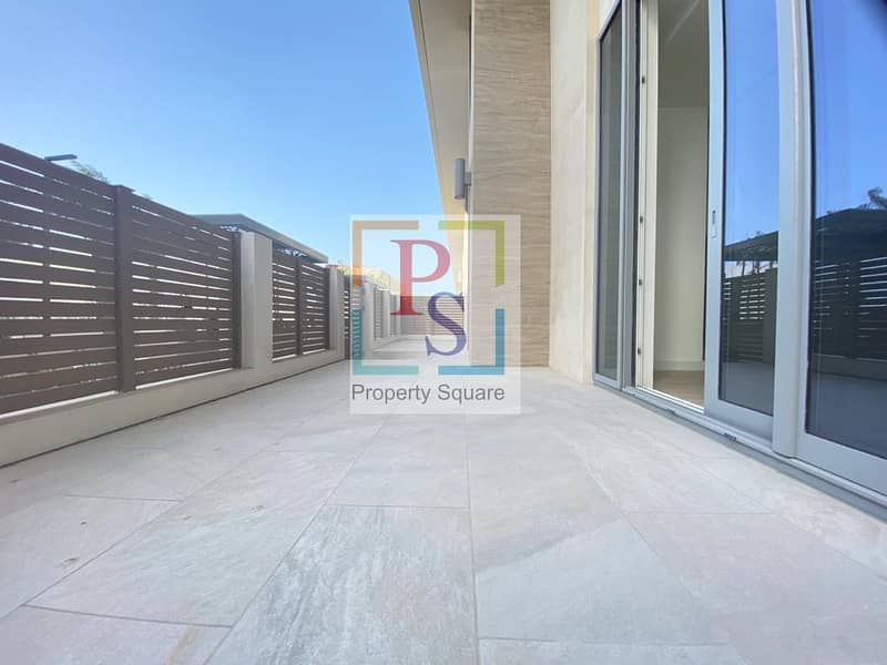 2 LUXURY  2 BR+M TOWN HOUSE AVAILABLE