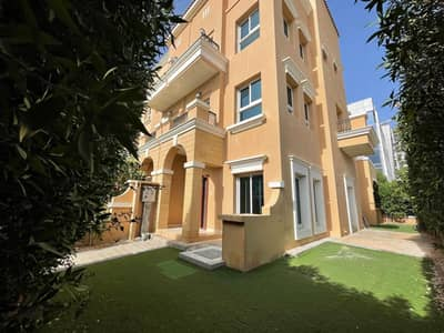 3 Bedroom Townhouse for Sale in Jumeirah Village Circle (JVC), Dubai - US | CORNER | VACANT 3 BHK + 2 Livings + Basement TH