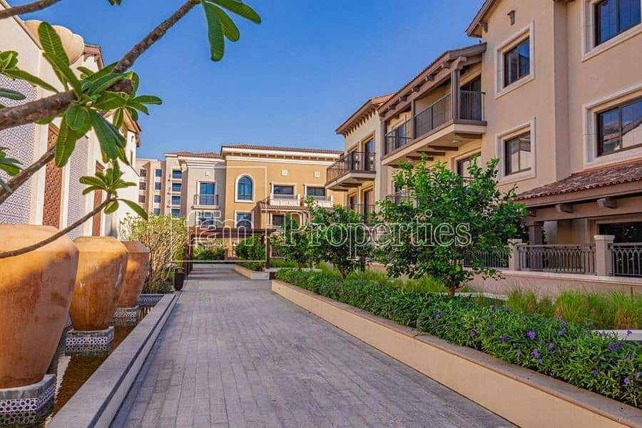14 Modern|Spacious Apt in Gated Community Living