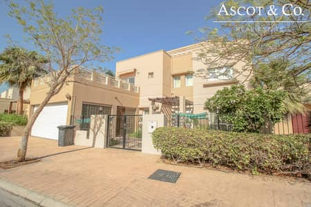 4 Bedroom Villa for Rent in The Meadows, Dubai - Meadows 5  |  Type 12  |  Full Lake View