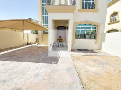 فیلا 4 غرف نوم للايجار في مدينة شخبوط (مدينة خليفة ب)، أبوظبي - Fabulous Villa | Prime Location | Balcony