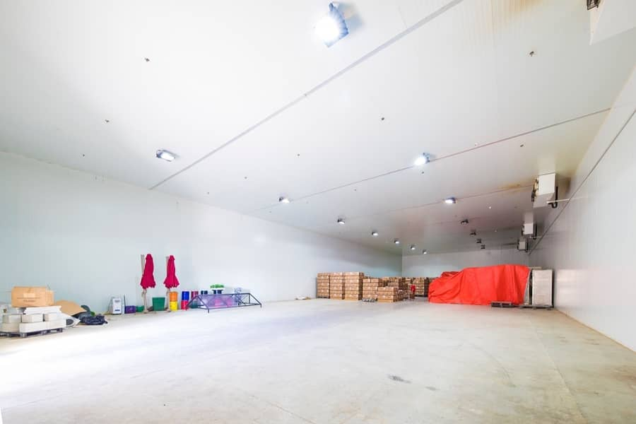 18 Warehouse compound for sale in DIP2 @ 24M