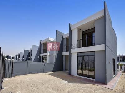 فیلا 4 غرف نوم للايجار في موتور سيتي، دبي - Large 4BR Villa | Brand New | Up To 4 Cheques