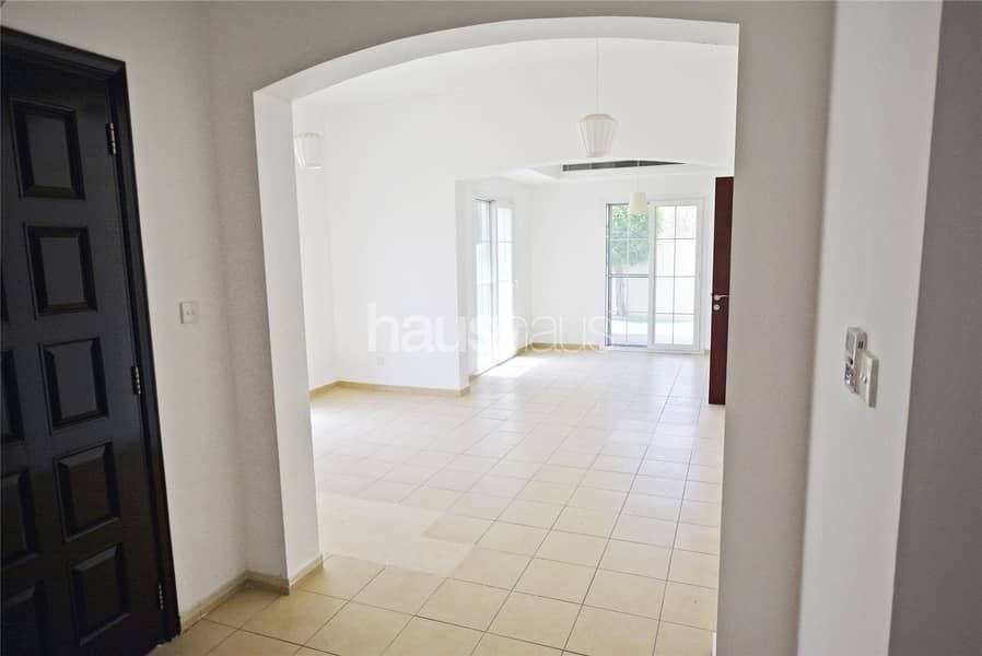 10 Vacant now | Well Maintained | Al Reem 3