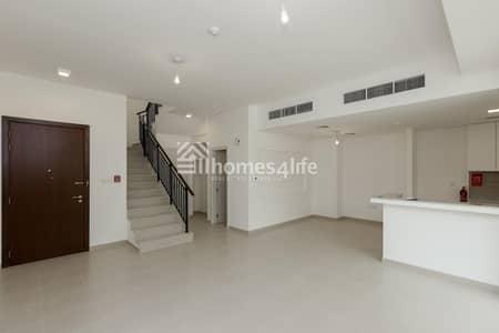 تاون هاوس 3 غرف نوم للبيع في تاون سكوير، دبي - Call for Booking and Get This Deal Now