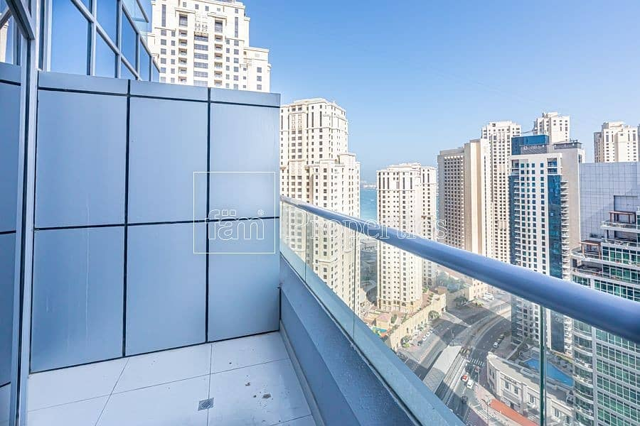 10 Unfurnished 3 bedrooms apartment in Dubai Marina