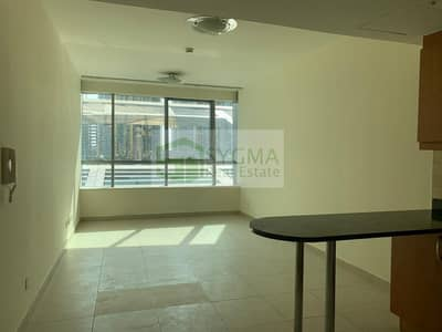 1 Bedroom Flat for Rent in Jumeirah Lake Towers (JLT), Dubai - Near to Metro Lake View Well Maintained