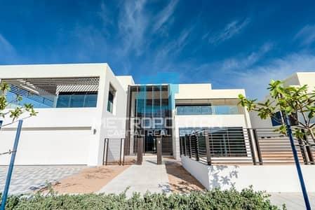 6 Bedroom Villa for Sale in Saadiyat Island, Abu Dhabi - Golf Course View| One of A Kind| Premium Villa