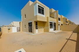 Safi Townhouse 4 bhk End unit Near Park and Pool
