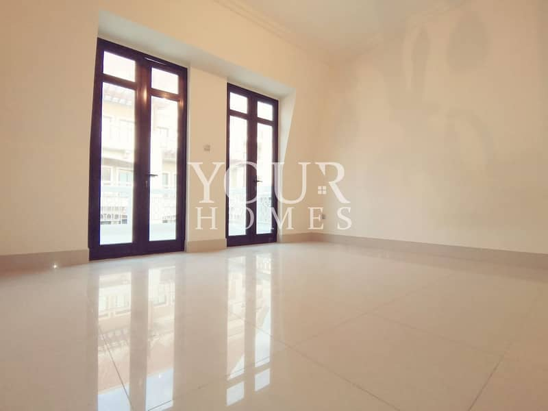 2 SB | Vacant 4Bed+Maid with Closed Kitchen For Sale