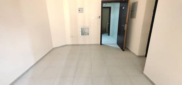 1 Bedroom Flat for Rent in Bu Tina, Sharjah - NEAT AND CLEAN 1 BHK IN VERY CHEAP PRICE  JUST 16 K NO DEPOSIT