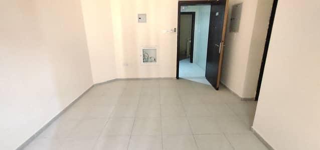 فلیٹ 1 غرفة نوم للايجار في بوطينة، الشارقة - شقة في بوطينة 1 غرف 16000 درهم - 4944849
