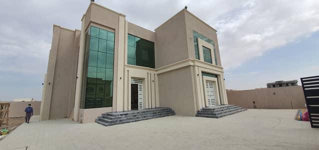 فیلا 5 غرف نوم للبيع في حوشي، الشارقة - فیلا في حوشي 5 غرف 2950000 درهم - 5080936