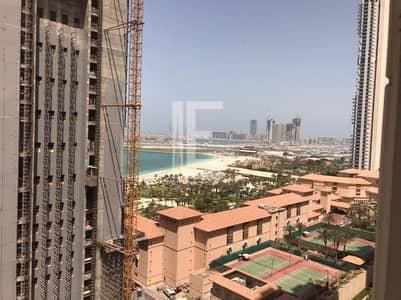 فلیٹ 3 غرف نوم للايجار في جميرا بيتش ريزيدنس، دبي - Partial Sea View I Unfurnished I Spacious