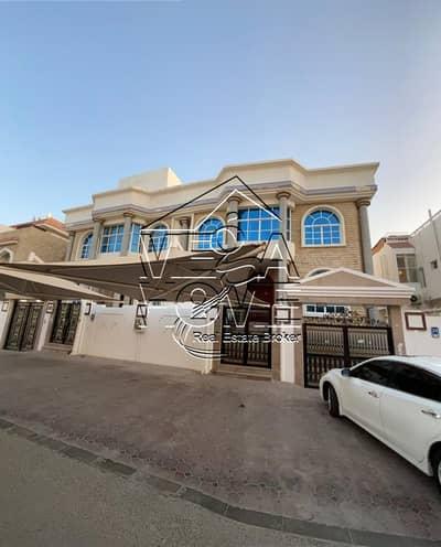 فیلا 5 غرف نوم للايجار في المرور، أبوظبي - فیلا في المرور 5 غرف 200000 درهم - 5081081