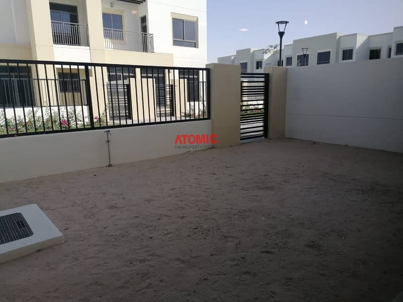 Ready to Move | 3 Beds + Maids | Naseem Townhouses