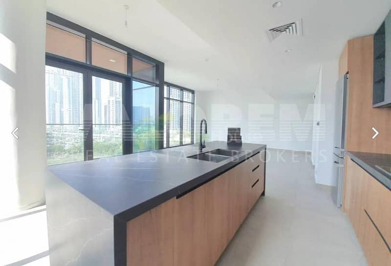 2 NO COMMISSION | READY TO MOVE | LUXURY