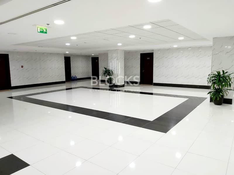 7 Amazing deal 1BR | Near Metro | Semi furnished