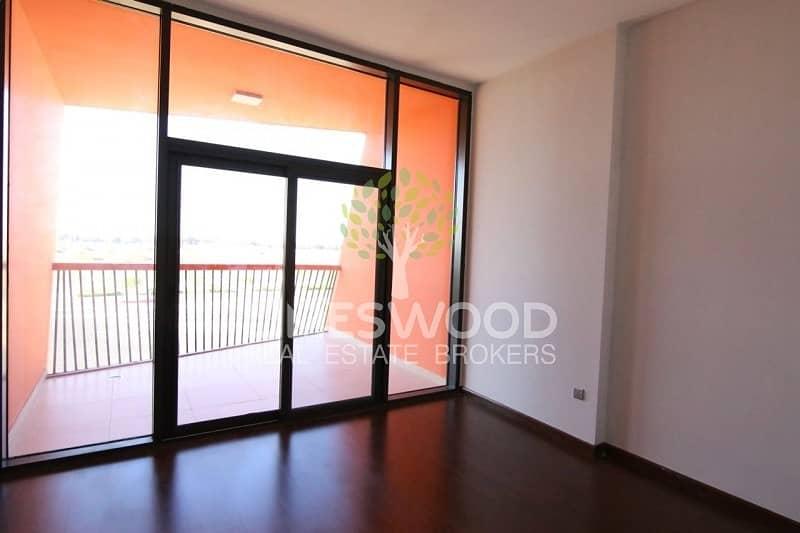 2 2 Bed Duplex apartment| Upgraded kitchen| Good location